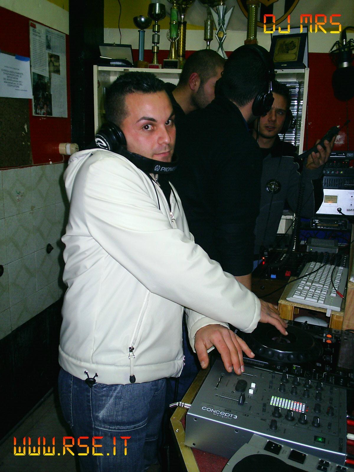 DJ MRS -